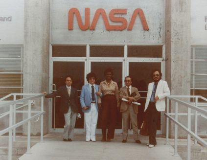 「NASA取材スタッフ」1.jpg